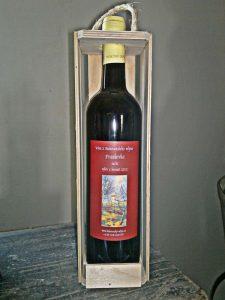 1-lahev-vina-v-drevenem-nosici