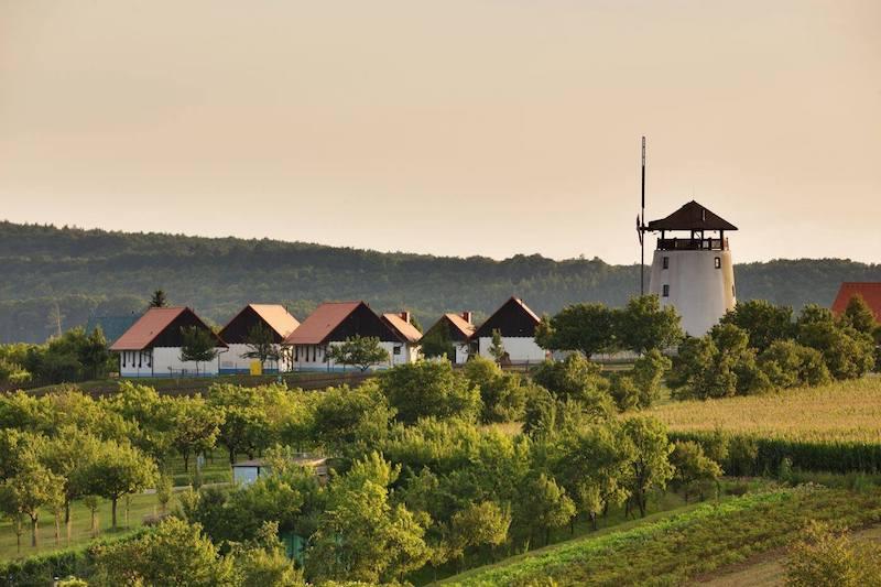 Bukovanský mlýn krajina